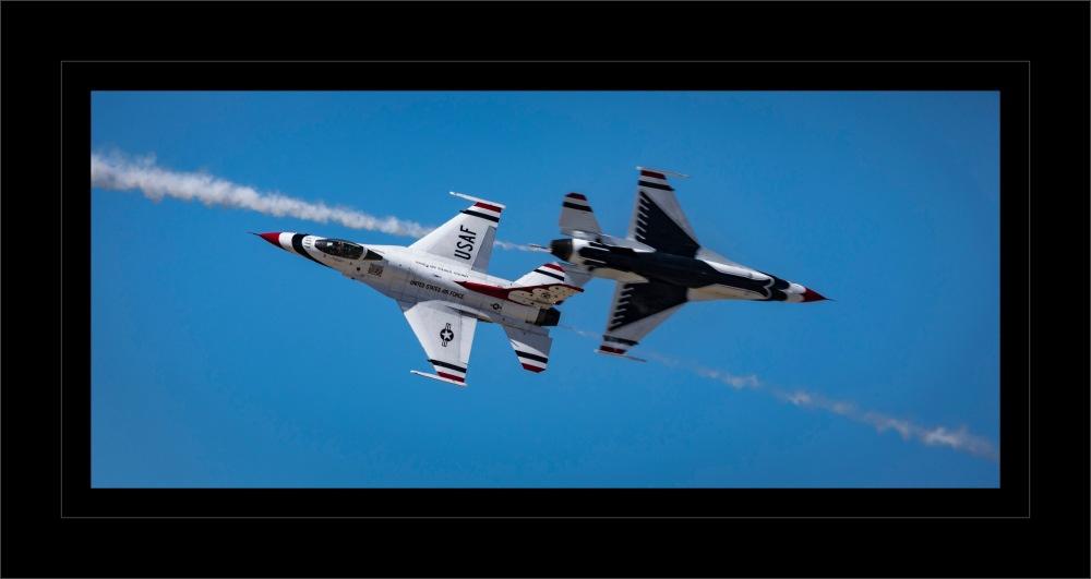 Lockheed Martin F 16 Fighting Falcon T Birds-24